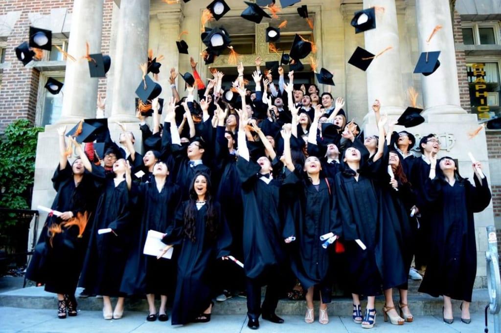 """Top 7 trường có học phí """"thân thiện"""" cho những ai muốn du học Canada"""