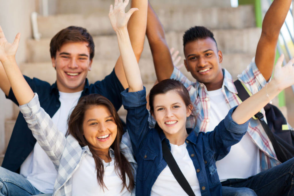 Du học trung học Canada 2020: Nên lựa chọn công lập hay tự thục?